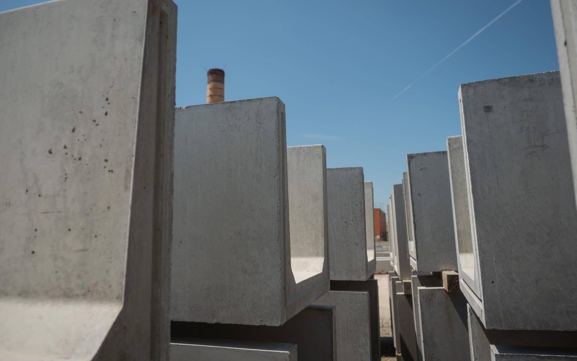 stock-caniveau-beton-socramat-fabrication
